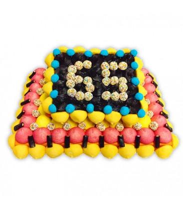 Gâteau d'anniversaire fruits en bonbons avec l'âge