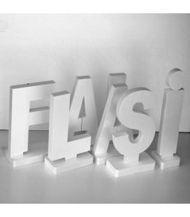 Lettre qui tient debout en polystyrene